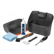 Maintenance and cleaning kit